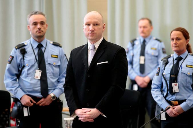 نتیجه شکایت اندرس بریویک از دولت نروژ درباره شرایط زندانزمان تقریبی مطالعه: ۲ دقیقه