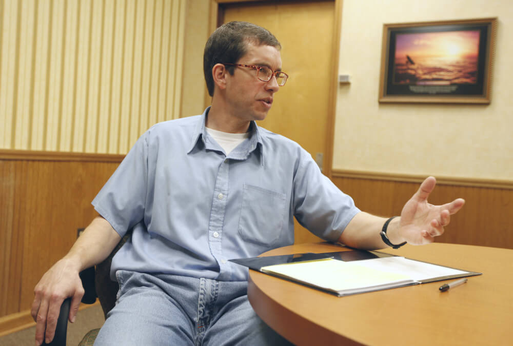 فرماندار به تقاضای عفو کامل ینس سورینگ رسیدگی نمیکندزمان تقریبی مطالعه: ۲ دقیقه