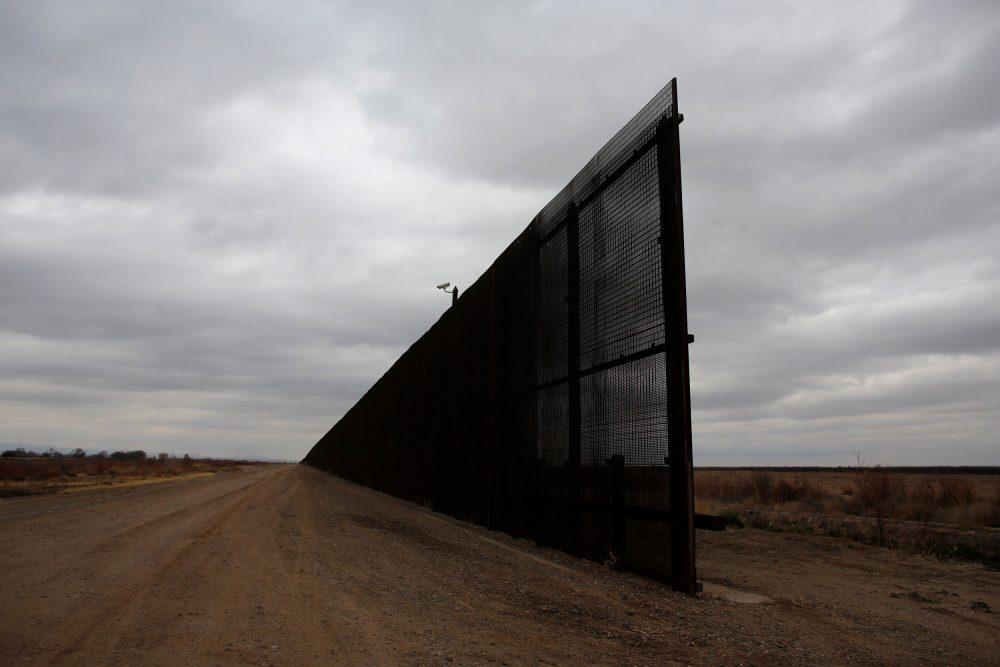 دیوار مرزی آمریکا- مکزیک، راهگشا یا بیفایدهزمان تقریبی مطالعه: ۲ دقیقه