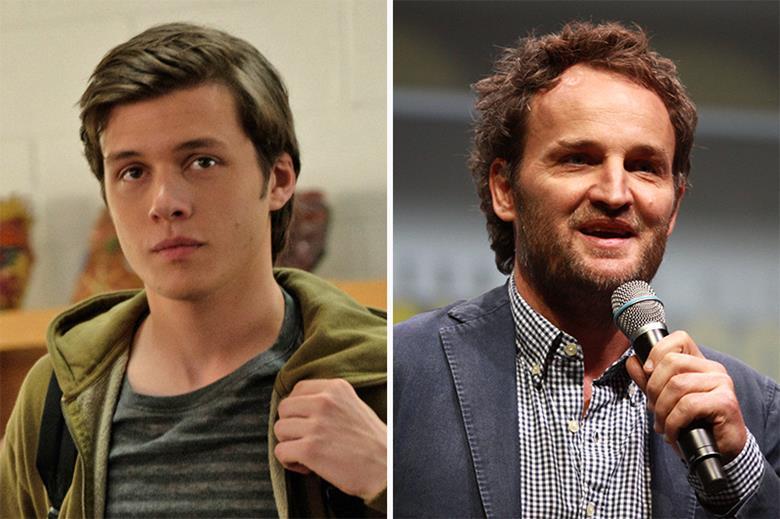 """نیک رابینسون و جیسون کلارک در فیلم سینمایی """"سیلک رود""""زمان تقریبی مطالعه: ۲ دقیقه"""