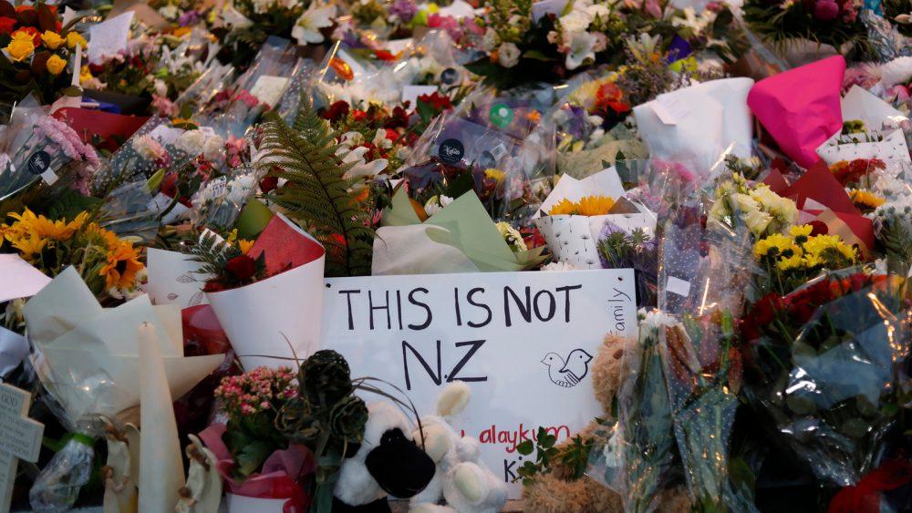 قدرت مانیفست تروریستها در عصر رسانههای جدید و چاپیزمان تقریبی مطالعه: ۷ دقیقه