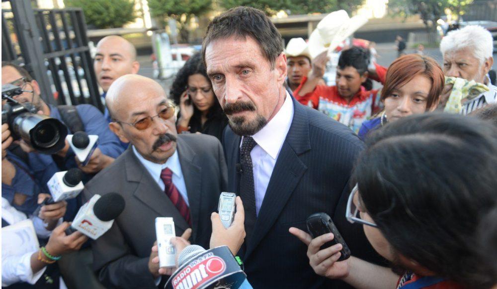 مکافی: به دولت کوبا کمک میکنم تحریمهای آمریکا را دور بزندزمان تقریبی مطالعه: ۴ دقیقه