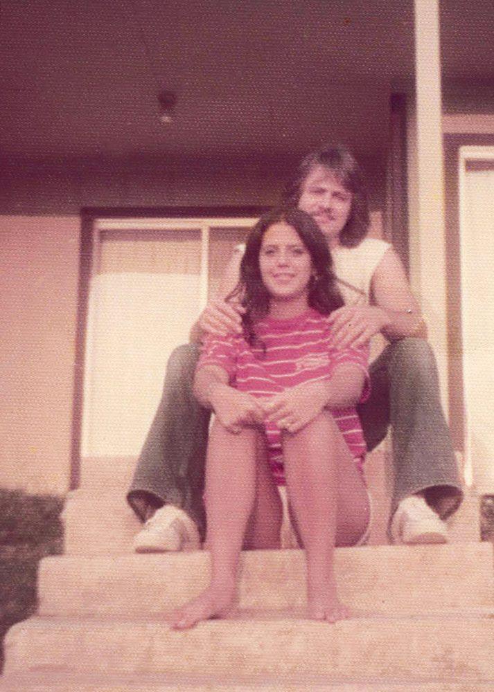 کایکل مورتون و همسرش کریستین